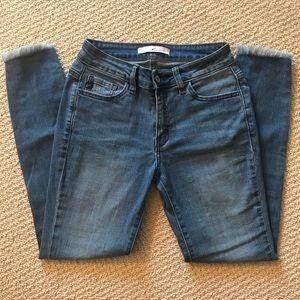 Kancan Estilo destructed skinny jeans size 25
